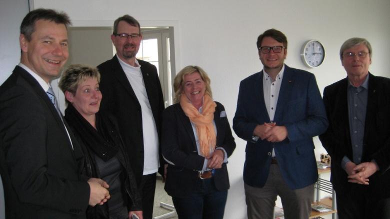 Landtagsabgeordnete Volker Tiefensee eröffnete Bürgerbüro in Schkeuditz