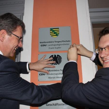 Bürgerbüroeröffnung - Staatsminister Frank Kupfer und Abgeordneter Marian Wendt