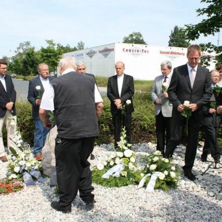 """Einweihung Gedenkstein """"17. Juni 1953"""" Taucha"""