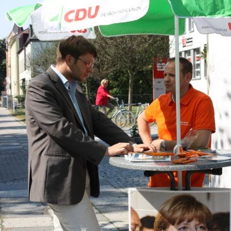 Infostände und Gespräche mit Bürgern