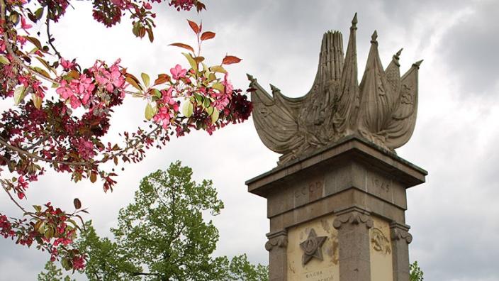 Denkmal Begegnung Torgau