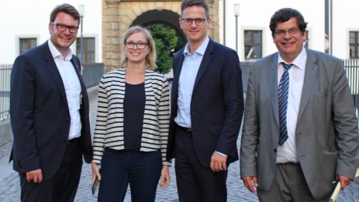 v.l.n.r. Marian Wendt, MdB, Dr. Christiane Schenderlein (Mitglied des MIT-Landesvorstandes), Dr. Carsten Linnemann (Bundesvorsitzender der MIT), Albert Pfeilsticker (Vorsitzender der MIT Nordsachsen)