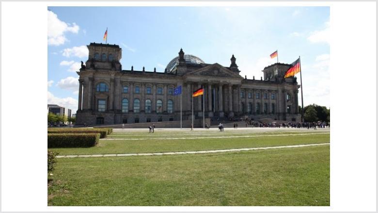 """Abgeordnetenhaus auf der """"Haus Garten Freizeit"""""""